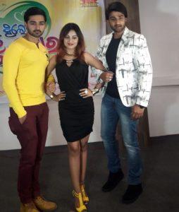 Sambit-Riya-starrer-upcoming-Odia-film-Jauthi-Thile-Bi-Tu-Mora1