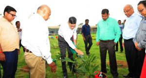 Mr-Anand-Sen-President-TMQ-and-Steel-Business-along-with-other-Tata-Steel-employess
