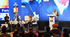 The Prime Minister, Shri Narendra Modi addressing the Jagran Forum, on the occasion of the 75th anniversary celebrations of Dainik Jagran newspaper, in New Delhi on December 07, 2018. The Minister of State for Communications (I/C) and Railways, Shri Manoj Sinha and other dignitaries are also seen.