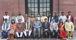 President Kovind confers Lalit Kala Akademi awards on 15 artists-1583344115