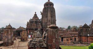 lingaraj-temple-bhubaneswar-750x430