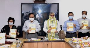 The Union Minister for Health & Family Welfare, Science & Technology and Earth Sciences, Dr. Harsh Vardhan releasing the annual TB Report 2020, a JMM report and a manual on DBT to TB patients under NIKSHAY system through a virtual event, in New Delhi on May 21, 2020.   The Minister of State for Health and Family Welfare, Shri Ashwini Kumar Choubey is also seen.