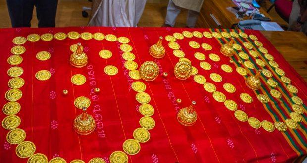 gold-jewellery-donated-to-srimandir-1