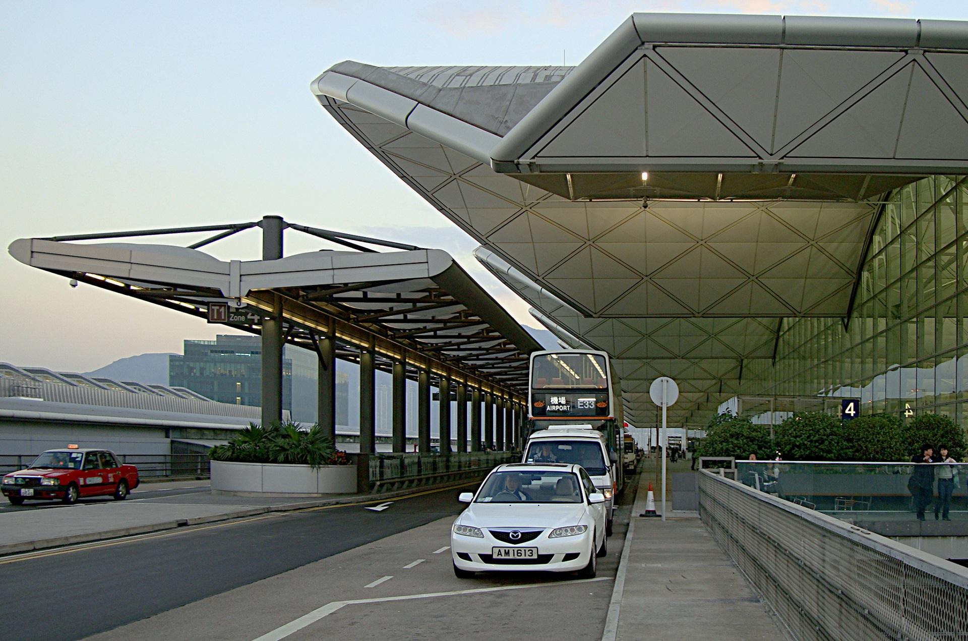 A_View_of_Hong_Kong_Airport